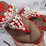 รองเท้าแตะแฟชั่น แบบหนีบ แต่งเพชรคลิสตัลและมุกสวยหรูมาก พื้นบุโซฟา ใส่สบายมาก แมทสวยได้ทุกชุด (9995)