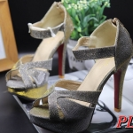 รองเท้าแฟชั่น ส้นสูง รัดข้อ แบบสวม ประกายกลิสเตอร์สวยหรู ทรงสวย ส้นสูงประมาณ 5 นิ้ว เสริมหน้า 1 นิ้ว ซิปหลังใส่ง่าย ใส่ออกงานหรู แมทสวยได้ทุกชุด