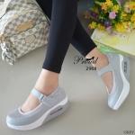 รองเท้าคัทชู เพื่อสุขภาพแบบสวยเกาหลีสุดๆ ตัดเย็บด้วยผ้าตะข่ายและหนัง พียูอย่างดี สายคาดแบบเมจิกเทป พื้นยางชนิดน้ำหนักเบาเป็นพิเศษ ดีไซน์ น่ารัก ใส่สบาย นุ่ม กระชับเท้า สูง 2 นิ้ว สีชมพู เทา