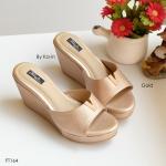 รองเท้าแฟชั่น แบบสวม แต่ง V ทองด้านหน้าสวยเก๋ พื้นบุนุ่ม ส้นสูง 3 นิ้ว น้ำหนักเบา ใส่สบายแมทได้สวยทุกชุด