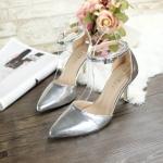 รองเท้าคัทชู ส้นสูง รัดข้อ หนังเงาเมทัลลิคเรียบหรูดูดี สายรัดตะขอเกี่ยวใส่ง่าย ส้นสูง ประมาณ 3 นิ้ว ใส่สบาย แมทสวยได้ทุกชุด