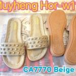 รองเท้าแตะแฟชั่น แบบสวม แต่งหมุดสวยเก๋สีเข้ากับรองเท้า พื้นนิ่ม ใส่ง่าย ใส่สบาย แมท สวยได้ทุกชุด (CA7770)