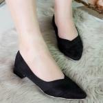 รองเท้าคัทชู ส้นเตี้ย ผ้าสักหราดนุ่ม ทรงสวย หน้ากว้าง ใส่สบาย สีสวย แมทได้ทุดชุด สูงประมาณ 1.5 ซม. สี ดำ ครีม ตาล น้ำเงิน เทา (C66-019)
