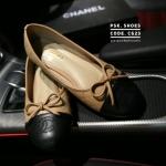 รองเท้าคัทชู ส้นแบน ทรงหัวมน แต่งโบว์และปัก CC สไตลชาแนล สวยเรียบหรูคลาสสิค ไม่มีเอ้าท์ หนังนิ่ม ทรงสวย ใส่สบาย แมทสวยได้ทุกชุด (C623)
