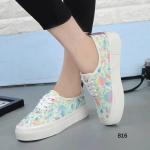 รองเท้าผ้าใบแฟชั่น สไตล์เกาหลี เสริมส้น งานสวย ดีเทลเก๋ แต่งลาย กราฟฟิกโทนสีสดใส ตัดเย็บคัดสรรด้วยวัสดุหนัง PU คุณภาพ เสริมลุค ให้ดูสูงเพรียว สามารถใส่ได้กับ Everyday Look จับคู่กับยีนส์สีเข้ม เอี๊ยม เก๋ๆ หรือจะเป็นกางเกงขาสั้นสักตัวนึงก็ลงตัวมากๆ สีชมพู