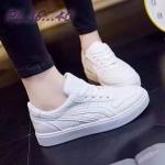 รองเท้าผ้าใบแฟชั่น สวยเท่ห์ แต่งลายสไตล์แบรนด์ วัสดุอย่างดี บุนวมขอบ ใส่ สบาย ใส่เที่ยว ออกกำลังกาย เท่ห์เก๋สไตล์สปอร์ตเกิลร์