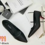 รองเท้าคัทชู ส้นเตี้ย แบบเรียบหรู ทรงสวย หัวแหลมดูเท้าเรียว หนังนิ่มอย่างดี ส้นสูงประมาณ 2.5 นิ้ว ใส่สบาย แมทสวยได้ทุกชุด (K9097)