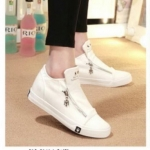 รองเท้าผ้าใบแฟชั่น ดีไซน์เรียบเก๋สไตล์เกาหลี ซิปข้าง ทรงสวย ใส่ง่าย ใส่สบาย ใส่เที่ยว ออกกำลังกาย แมทสวยเท่ห์ได้ทุกชุด