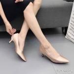 รองเท้าคัทชู ส้นเตี้ย ทรงหัวแหลม ทรงสวยเรียบหรูดูดี หนังนิ่ม ใส่สบาย ส้นสูงประมาณ 2 นิ้ว แมทสวยได้ทุกชุด (K9097)