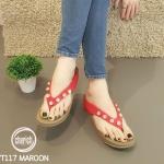 รองเท้าแตะแฟชั่น แบบหนีบ แต่งหมุดเพชรสวยหรู พื้นซอฟคอมฟอตนิ่มเพื่อสุขภาพ สไตล์ฟิตฟลอบ ใส่สบาย แมทสวยได้ทุกชุด (YT117)