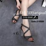 รองเท้าแฟชั่น ส้นสูง รัดข้อ หนังกลิสเตอร์สวยเป็นประกาย ด้านหน้าไขว้เก็บหน้าเท้าเรียว ทรงสวย เพิ่มความเก๋ด้วยส้นใส ส้นตัดสูงประมาณ 4 นิ้ว แมทสวยโดดเด่นได้ทุกชุด (17-3029)