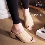 รองเท้าแฟชั่น ส้นสูง แบบสวม ZARA style ทรงเปิดหน้า Classic สวยดูดี วัสดุหนังกลับนิ่มอย่างดี ทรงนี้ใส่เก็บทรงหุ้มเท้า ใส่สบายๆ พื้นนิ่มอย่างดี ใส่สวยดูเท้าเรียวเล็ก สูง 2.5 นิ้ว Black Cream Grey (FT-381)