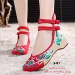 รองเท้าผ้าปัก ลายจีน Old Beijing Mary Janes flat shoes งานปักที่ฮิตกระแส แรงที่สุดในเวลานี้ ผ้าลินนินผสม ปักตามแบบ เสริมพื้นด้านใน 2 นิ้ว น้ำหนัก เบา ใส่ง่าย แมทกับเสื้อผ้าได้หลากหลายสไตล์ สีแดง ดำ (S-01)