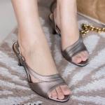 รองเท้าแฟชั่น ส้นสูง เปิดหน้าดีไซน์เรียบหรู สวมใส่สบาย ความสูงกำลังพอดี ใส่สวยได้ทุก สูง 2.5 นิ้ว สีดำ เทา(เงิน) ทอง ครีม กากี (C35-127)