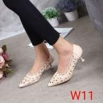 รองเท้าคัทชู ส้นเตี้ย ฉลุลายสวยเรียบหรู ทรงสวย หนังนิ่ม ส้นสูงประมาณ 2 นิ้ว ใส่สบาย แมทสวยได้ทุกชุด (G711322)