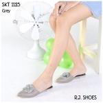 รองเท้าคัทชู เปิดส้น ส้นแบน สไตล์ลำลอง สวยหรู หัวแหลม ประดับดอก คามิเลียติดอะไหล่ CC สไตล์ชาแนล สวมใส่วันสบายๆ หวานๆน่ารักดูดี พื้น นิ่ม แมทสวยได้ทุกชุด สีดำ น้ำตาล เทา ชมพู