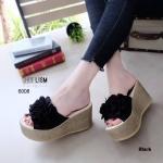 รองเท้าแฟชั่น ส้นเตารีด แบบสวม สไตล์เกาหลี แต่งระบายด้านหน้าจับจีบช่อดอกไม้สวยหวาน งานดี คุณภาพ ใส่เสริมความมั่นใจ หนังนิ่ม ทรงสวย สูงประมาณ 3.5 นิ้ว ใส่สบาย แมทสวยได้ทุกชุด (6008)