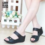 รองเท้าแฟชั่น ส้นเตารีด สวยเก๋ หนังนิ่มตัดสีทูโทน แต่งลายเก๋ พื้นบุนิ่ม ส้นเตารีดประมาณ 2.5 นิ้ว เสริมหน้า ใส่สบาย แมทสวยได้ทุกชุด (L2888)