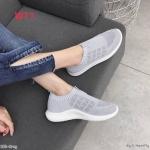 รองเท้าผ้าใบแฟชั่น ลายสวยเรียบเก๋ แบบไร้เชือกใส่ง่าย ผ้ายืดหนานุ่ม วัสดุอย่างดี ใส่เที่ยว ออกกำลังกาย ใส่สบาย แมทสวยได้ทุกชุด (E03)