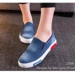 รองเท้าผ้าใบ ยีนส์ฟอก ทรง slip on งานนำเข้า แฟชั่น Korea style งานสวย มาก เหมาะกับสาวสไตล์ชิวๆ แบบสวมได้เลยไม่ต้องนั่งผูกเชือก ใส่ง่ายถอดง่าย พื้นยางอย่างดี กระชับเท้า