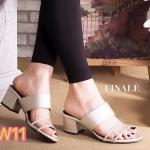 รองเท้าแฟชั่น ส้นสูง แบบสวมเรียบเก๋ งานหนังนิ่ม คาดด้านหน้าแต่งพลาสติกใสเก๋ๆ ทรงสวยใส่สบาย ส้นสูงประมาณ 2.5 นิ้ว แมทสวยได้ทุกชุด