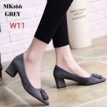 รองเท้าคัทชู ส้นเตี้ย หนังสักหราดแต่งอะไหล่สวยหรูสไตล์แบรนด์ ทรงสวย หนังนิ่ม ใส่สบาย ส้นสูงประมาณ 2 นิ้ว แมทสวยได้ทุกชุด (MK166)