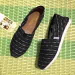 รองเท้าผ้าใบแฟชั่น Style Toms ลายกราฟฟิคสวยเท่ห์ งานคุณภาพ ใส่สบาย Hot Hit ตลอด ไม่มีเอาท์