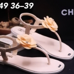 รองเท้าแตะแฟชั่น แบบหนีบ รัดส้น แต่งดอกไม้ติดอะไหล่ CC สไตล์ชาแนลสวยหรู วัสดุอย่างดี ใส่สบาย แมทสวยได้ทุกชุด