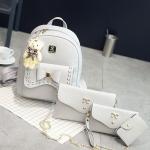กระเป๋าเป้แฟชั่น ชุดเซ็ต 4 ใบ งานนำเข้า หนัง PU อย่างดี ดีไซน์น่ารัก พร้อมพวงกุญแจหมี สวยคุ้ม