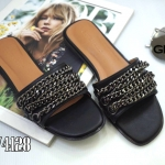 รองเท้าแตะแฟชั่น แบบสวม แต่งโซ่ด้านหน้าสวยเก๋สไตล์จีวองชี หนังนิ่ม งานสวย ใส่สบาย แมทสวยได้ทุกชุด (GV4128)