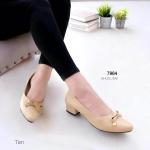 """รองเท้าคัทชู ส้นเตี้ย เรียบเก๋ แต่งหน้าโบว์ สไตล์เกาหลี แบบหวาน หนังนิ่ม ใส่สบาย ส้นเหลี่ยม เดินง่าย แมทสวยได้ทุกชุด สูง 1.5"""" สีดำ ครีม น้ำตาล (7964)"""