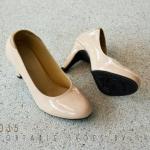 รองเท้าคัทชู ส้นสูง ทรงหัวมน หนังแก้วเงาเรียบหรู สูง 3 นิ้ว หนังนิ่ม ทรงสวย ใส่สบาย แมทสวยได้ทุกชุด (c26-035)