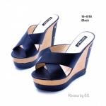 รองเท้าแฟชั่น ส้นเตารีด สไตล์เกาหลี งานนำเข้า ด้านหน้าคาดหนังพียูทรงกากบาท สวยเรียบเก๋ กระชับเท้าดีมาก ส้นพียูสูง 5 นิ้ว เสริมหน้า 2 นิ้ว น้ำหนักเบา ใส่สบาย งานสวย แมทได้ทุกชุด สีดำ ตาล ชมพู