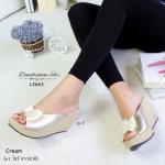 รองเท้าแฟชั่น สวยหรู ส้นเตารีด ทรงสวม แต่งโบว์ด้านหน้า เพิ่มความน่ารัก ด้วยลูกปัดเป็นพู่แน่นๆ ทรงเก็บหน้าเท้า ใส่สวยดูดี แมทได้ทุกชุด สูง 3 นิ้ว สี Grey Black Cream Brown (L2663)