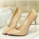 รองเท้าคัทชูส้นสูง งานระดับพรีเมี่ยม ดีไซน์ทรงสวย ส้นสีทองหรู ดูดี หนังแก้วเงาสวย คุณภาพดีมาก ส้นสูง 12 ซม.