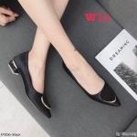 รองเท้าคัทชู ส้นเตี้ย บุผ้าซาตินแต่งอะไหล่สวยเรียบหรู ส้นเหลี่ยมเก๋ไม่เหมือนใคร หนังนิ่ม ทรงสวย สูงประมาณ 1.5 นิ้ว ใส่สบาย แมทสวยได้ทุกชุด (K9356)