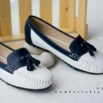 รองเท้าคัทชู ทรง loafer สวยๆ น่ารักๆ สไตล์มอกกาซีน สีสันทูโทนน่ารัก สไตล์วินเทจ ใส่สบาย สีดำ ครีม น้ำเงิน (C61-021)