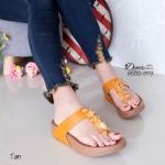 รองเท้าแตะ เพื่อสุขภาพ แบบหนีบ สายแต่งอะไหล่ลูกปัดเข้าช่อ แต่งเพชรวิ้งๆ ประดับกลาง สวยงามสะดุดตาสวยหรู ดูแพง พื้นซอฟคอมฟอตนุ่มสไตล์ฟิตฟลอบ สูง 1.5 นิ้ว (6532-979)