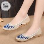 รองเท้าคัทชูผ้าปักลายดอกไม้ สไตล์ไชนีส ลุควินเทจสวยหวานน่ารัก ใส่สบาย แมทได้ทุกชุด (MK122)