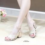รองเท้าแฟชั่น ส้นสูง รัดส้น แบบสวม หนังกลิสเตอร์สวยเป็นประกายสวยหรู ส้นสูงประมาณ 2.5 นิ้ว ใส่สบาย แมทสวยได้ทุกชุด (L2720)