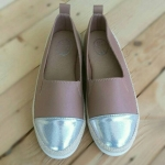 รองเท้าคัทชู ทรง slip on หนังนิ่มตัดหนังเมทัลลิคสวยเก๋ ส้นแต่งเชือกถัก ทรงสวย ใส่สบาย แมทสวยได้ทุกชุด (591223)