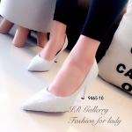 รองเท้าคัทชู ส้นสูง สวยหรูไฮโซ ผ้าลูกไม้ผสมกลิตเตอร์วิ้งๆ ซับหนัง ส้นสูง 3.5 นิ้ว ทรงหัวแหลม ใส่แล้วดูขาเรียวยาว ไม่ว่าจะใส่กับชุดไหน ก็สามารถ ดึงดูดสายตารอบข้างได้เป็นอย่างดีเลยทีเดียว