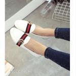 รองเท้าคัทชู ส้นเตี้ย สไตล์กุชชี่ แบบฮิตฮอตมาเเรงตอนนี้ หน้ากว้าง ใส่สบายน้ำหนักเบา แมทเก๋ได้ทุกชุด สีดำ ขาว (138-2)