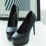 รองเท้าคัทชู ส้นสูง ทรงหัวมน หนังเรียบสวยหรู หนังนิ่ม ทรงสวย ส้นสูงประมาณ 5 นิ้ว เสริมหน้า 1 นิ้ว ใส่ออกงานสวยโดดเด่น แมทสวยได้ทุกชุด