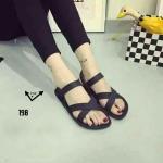 รองเท้าแตะ ยางเกรด AAA ยางอย่างหนาทนทานแข็งแรง ใส่เล่นน้ำเก๋ๆ สีสัน Colorfull พื้นด้านล่างปั้มนูน ลุยน้ำสบายไม่มีลื่น BLACK BLUE ORANGE YELLOW PINK (198)