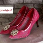 รองเท้าคัทชู ส้นสูง D&G style ลายลูกไม้สวยหรูไฮโซ ด้านหน้าแต่งอะไหล่เพชรหรู เก็บ ขอบหนังอย่างดี ส้นสูงประมาณ 3 นิ้ว พื้นนิ่ม ใส่สวย แมทได้ทุกชุด (FH-425)