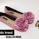 รองเท้าคัทชู สวยแบน หรูหราน่ารัก หนังสักหราดสวยหรูแต่งดอกไม้ใหญ่สวย หวานไฮโซ ใส่สบาย แมทกับชุดไหนก็อัฟลุคให้สวยน่ารัก (16-9246)