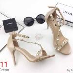 รองเท้าแฟชั่น แบบสวม รัดข้อ แต่งหมุดสไตล์วาเลนติโน ทรงสวย ส้นสูงประมาณ 4 นิ้ว ใส่สบาย แมทสวยได้ทุกชุด (K5907)