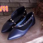 รองเท้าคัทชู ส้นแบน สวยหรู ทรงหัวแหลมแต่งหมุดทอง ดีไซน์สายไข้วเฉียงสุดเก๋ ทรง สวยเพรียว แมทสวยได้ทุกชุด (FH-447)