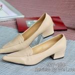 รองเท้าคัทชู ส้นเตี้ย หนังนิ่ม ทรงสวย หัวแหลมเรียบเก๋ สามารถตลอดไม่เอ้าท์ สูง 2 นิ้ว สีดำ ครีม